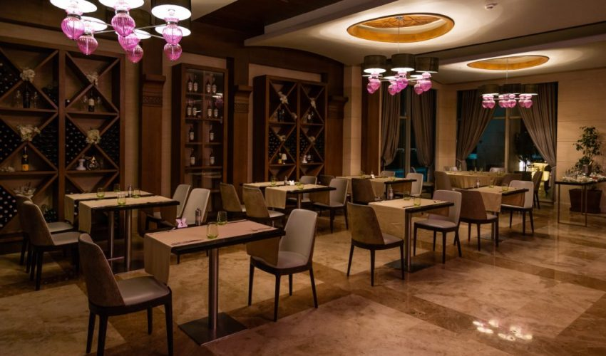 GTA restaurant fitup new commercial flooring toronto